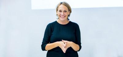Deborah Gray - Public Relations, Social Media, Consumer Behaviour 2