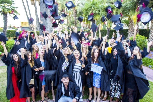 5 reasons to do an MBA at ESEI – According to students 6